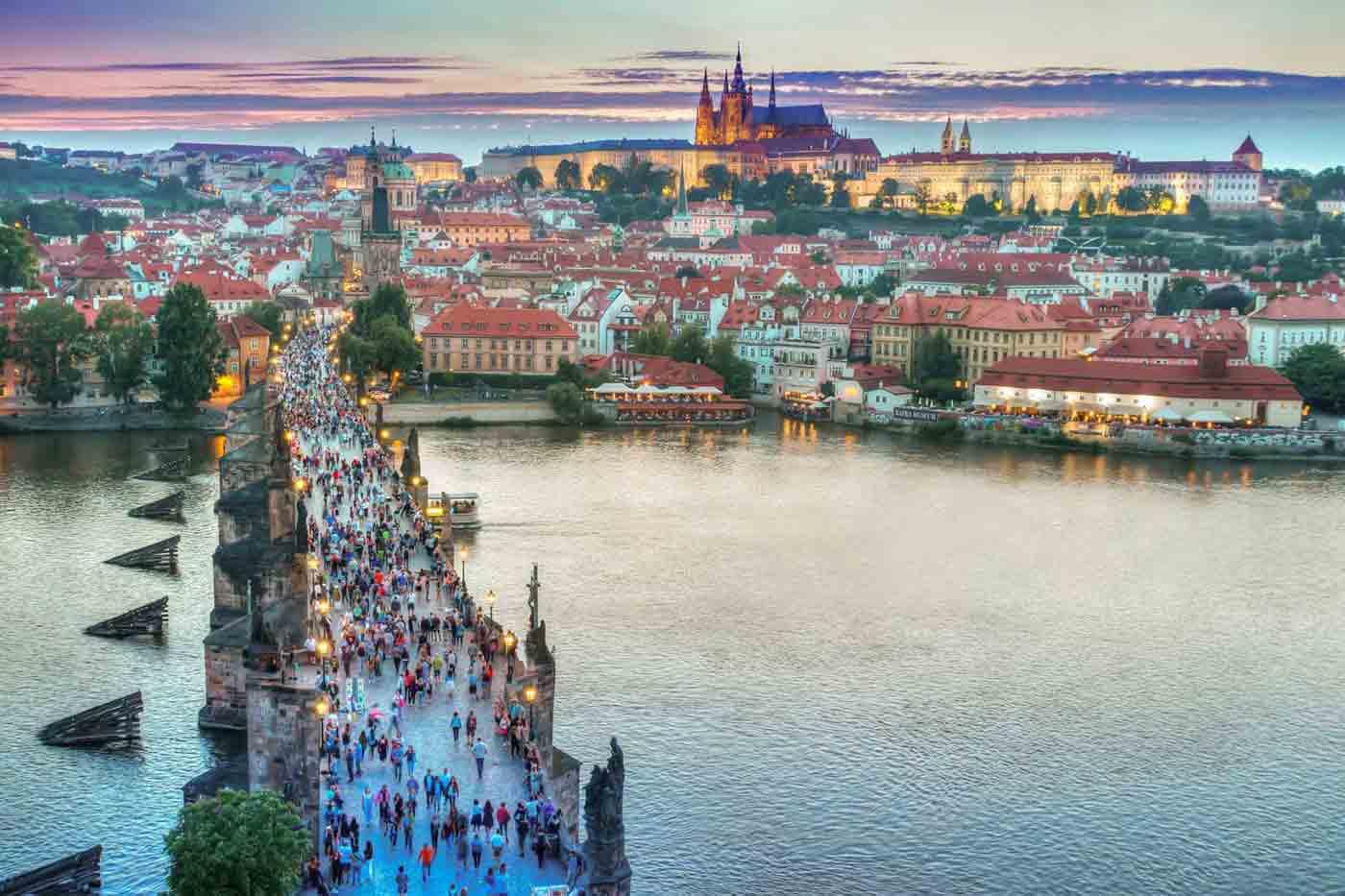 Prague,Salzburg,Vienna, Budapest - Fodors Travel Guide